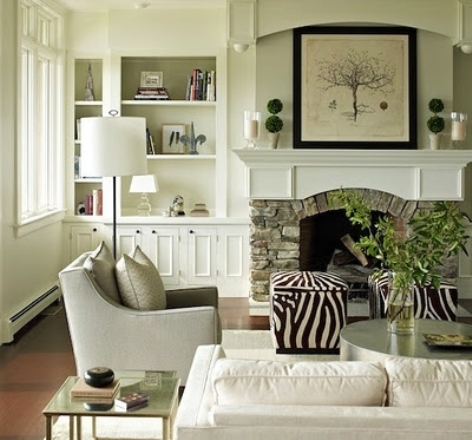 Decorating a small apartment living room interior design for Small living room decor