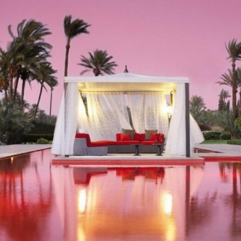 Romantic Outdoor Furniture