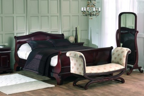 Sleigh Beds from Heirloom Beds