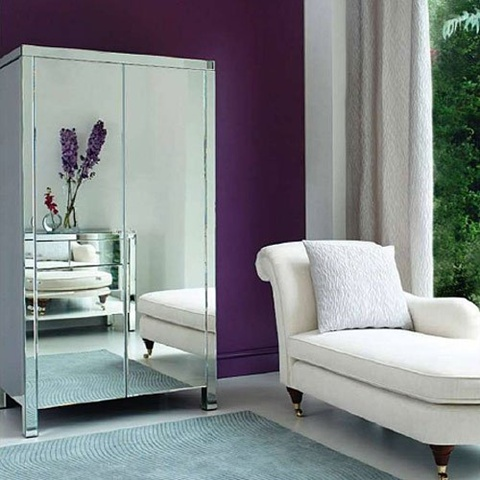 Mirrored Furniture in the Bedroom 4