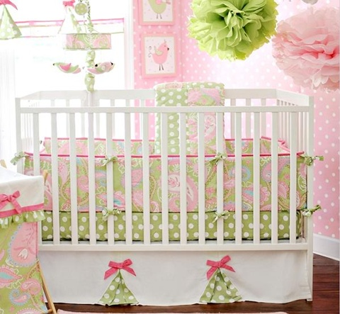 decorating a Baby Girl's Room 4