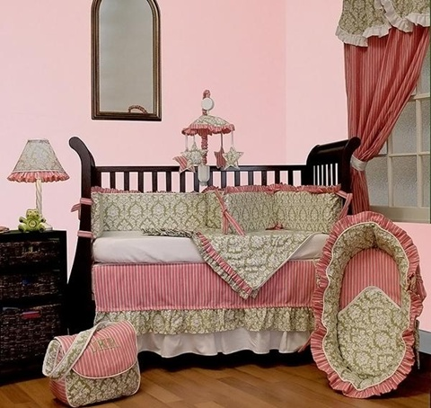 decorating a Baby Girl's Room 6
