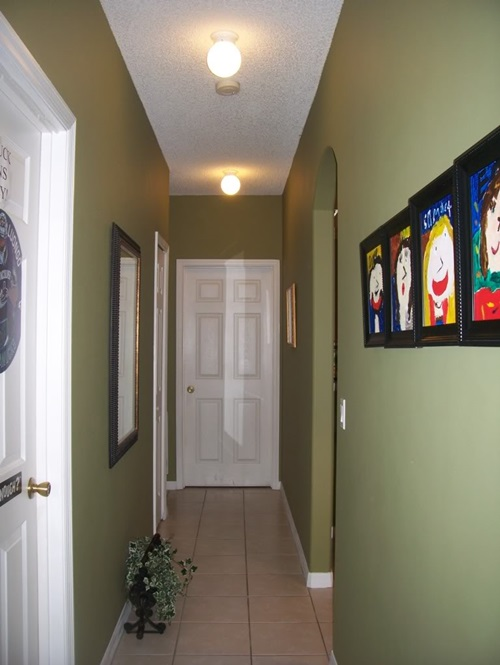 Best decorating ideas for small hallways interior design for Interior decor hallways