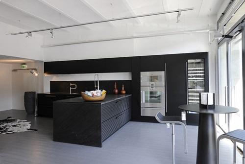 Modern Black Kitchen Designs