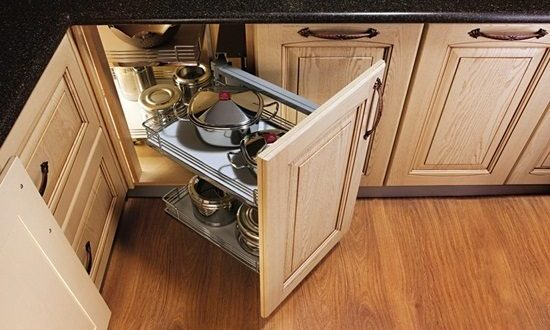 How to Use the Kitchen Storage in Decoration