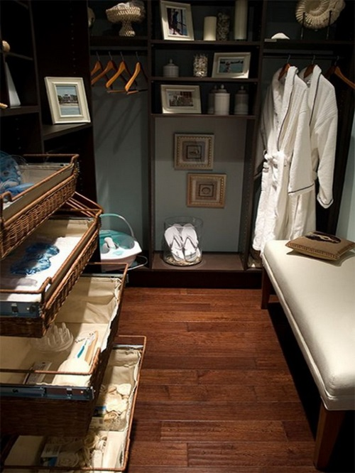Great Ideas for Multifunctional Master Bedroom Closets