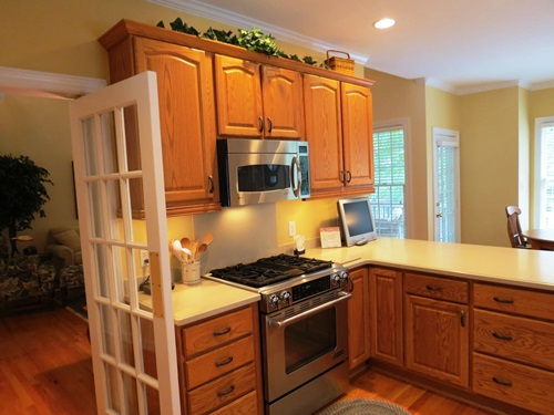 ... The Right Paint colors for kitchen with oak cabinets ...