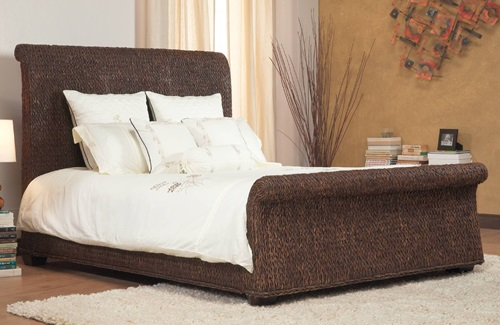 to get more ideas about benefits of using wicker bedroom furniture