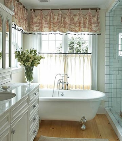 Great ideas for window treatments interior design for Interior decorator window treatments