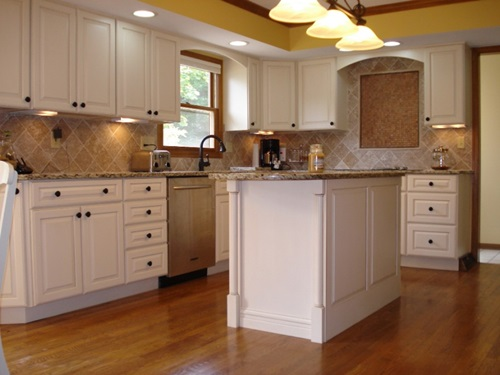 The best small kitchen design ideas interior design for Great small kitchens
