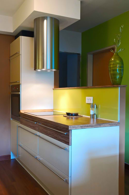 Outstanding space saving solutions for small kitchens interior design - Kitchen interior designs for small spaces collection ...