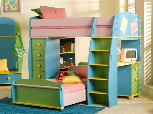 Multi-functional beds for small kids' bedroom