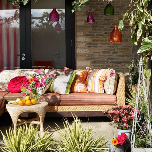 Outdoor garden furniture different colors interior design - Garden furniture colour ideas ...