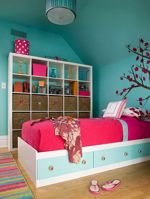 Practical storage solutions for small bedrooms interior design - Small space storage solutions for bedroom ideas ...