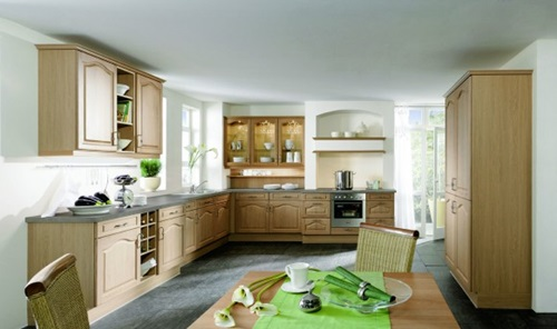 Different arrangements for Italian kitchen work areas