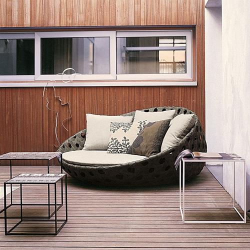 Elegant Furniture: Elegant Outdoor Wicker Furniture
