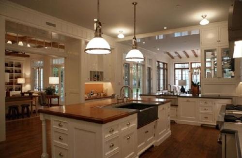 Kitchen island and Boucher blocks