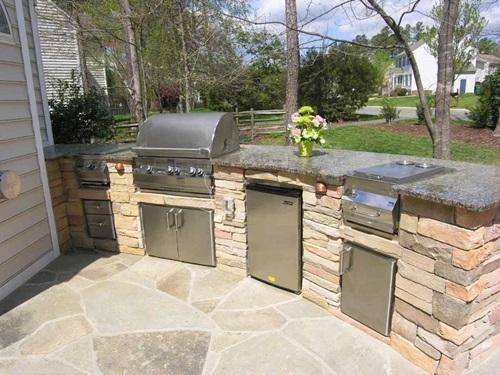 Modern Outdoor Kitchen Design