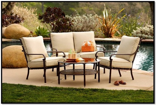 Outdoor furniture best materials teak aluminum wicker for Best outdoor furniture material