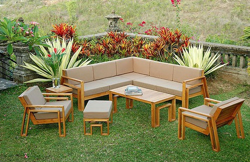 Outdoor interior design ideas and decorating ideas for for Best outdoor furniture material