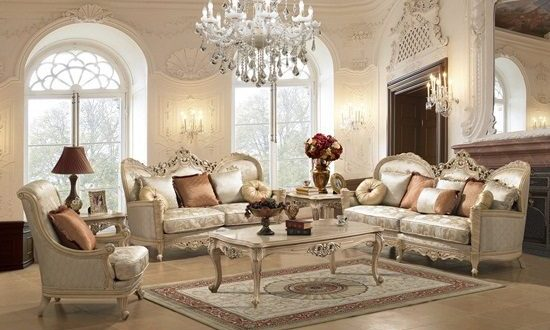 Decorating Home with Antique Furniture Pieces
