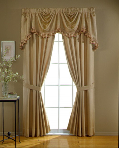 Room curtains in modern houses interior design for Interior curtain designs