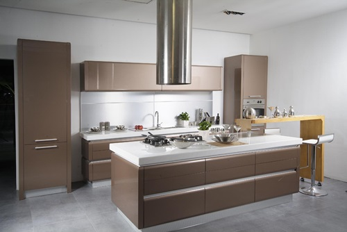 Stainless Steel in Luxury Kitchens Design