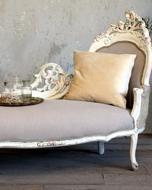Have a chaise lounge french touch interior design for Antique french chaise lounge