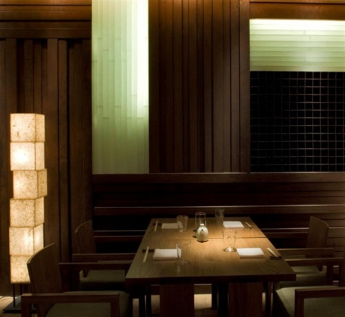 Japanese dining room decoration interior design for Modern house sushi 9 deler sett