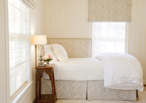 Small Bedroom – Bedroom Appear Larger