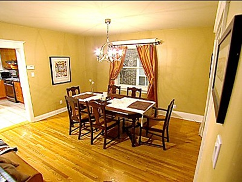 Small dining room designs interior design for Small dining room wall decor ideas