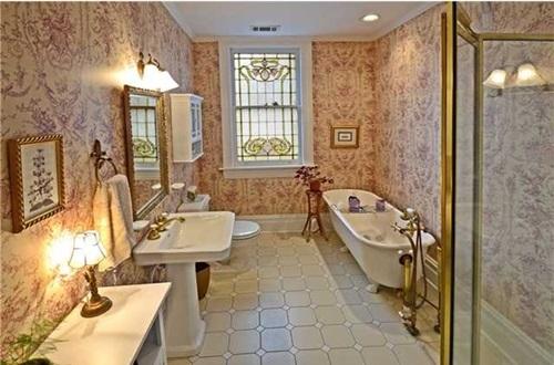 Victorian Bathroom Curtain Ideas