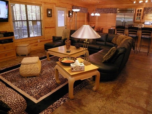 African safari living room ideas interior design for Jungle living room ideas