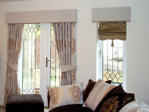 Curtain design ideas applicable to your living room for Curtain designs living room