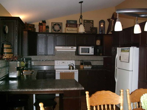 Decorating A Primitive Kitchen Interior Design