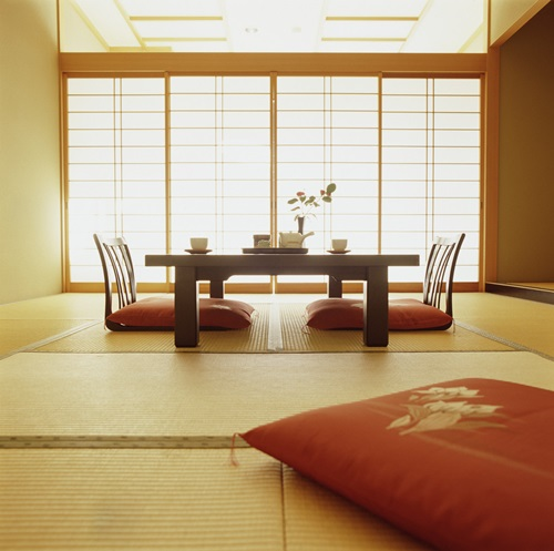 Japanese Interior Design – Stick, Furniture and Accessorize