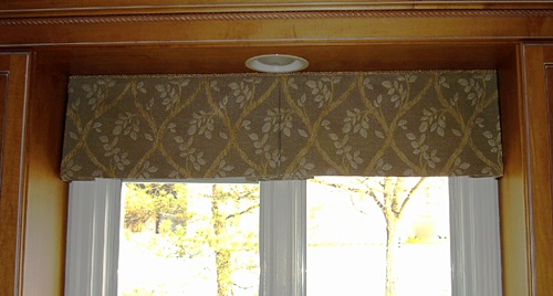 Kitchen Curtains - Renewing Your Kitchen Curtains