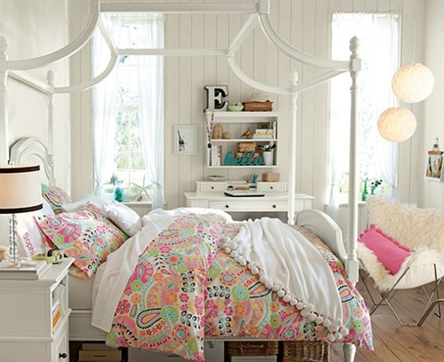 Teenage Bedroom - Windows Treatments For Teenagers