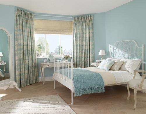 ... The Different Types Of Bedroom Curtains Fabrics ...
