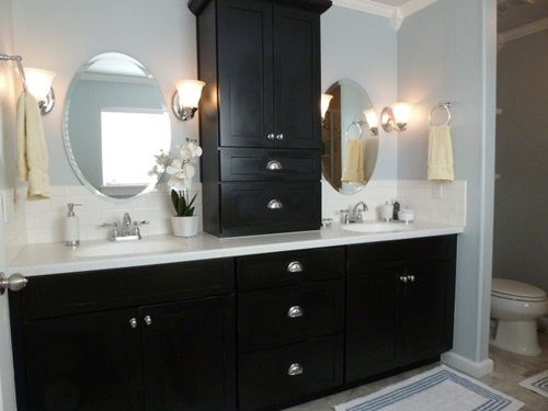 Wooden Cabinets To Accessorize Your Bathroom