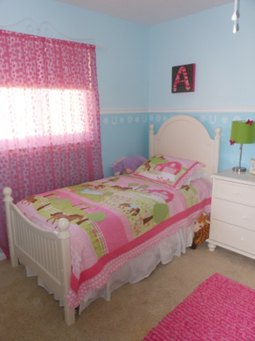 How to design a wonderful young girl 39 s bedroom interior for Room decor for 12 year olds