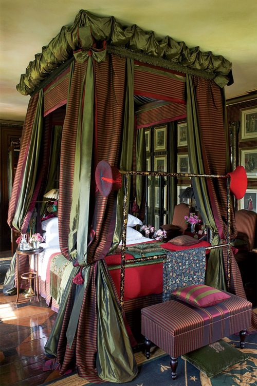 Who do not want Canopy Bed Curtains Interior design