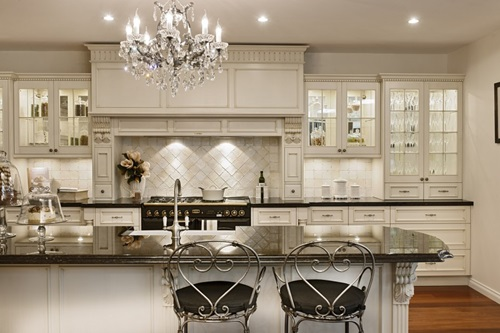 Elegant and Luxurious French Kitchen Design Ideas