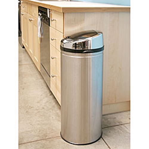 Functional Trash Cans for Your Kitchen
