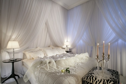 Impressive Bed Curtain Designs