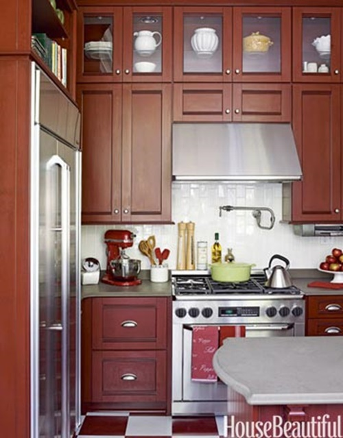 Useful tricks to maximize the space of your small kitchen for Small upper kitchen cabinets