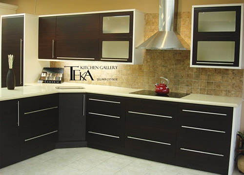 5 great tips for decorating black and white modern for New style kitchen cabinets