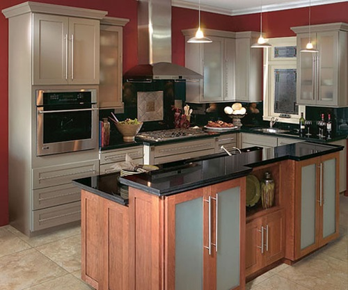 Amazing ideas for kitchen remodeling with small budget for Small kitchen remodels on a budget