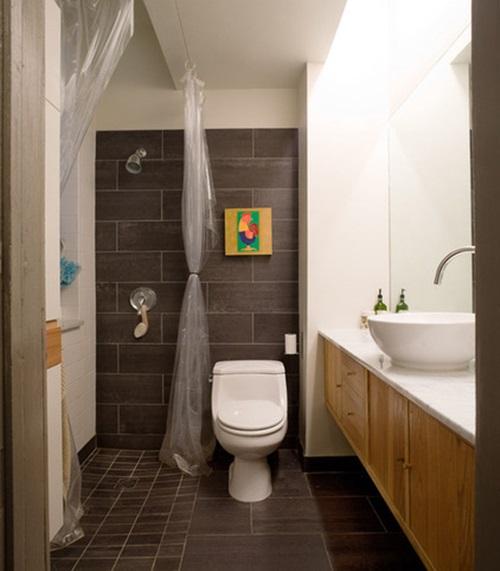 Brilliant big ideas for small bathrooms interior design for Do metro trains have bathrooms