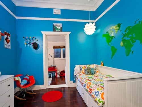 How to Choose the Perfect Nightstand for a Kids Bedroom